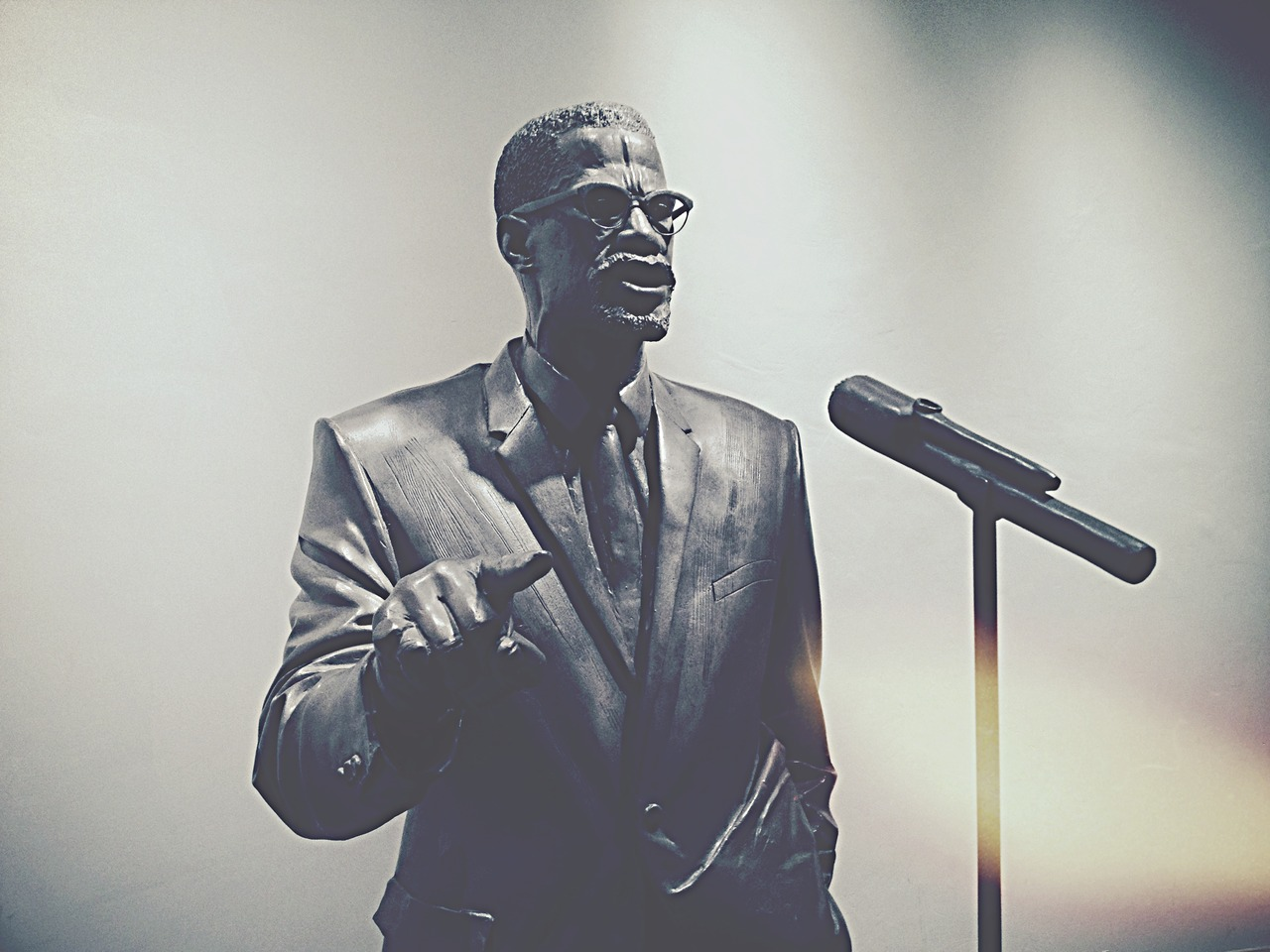 Black Shining Prince #peppersearching #malcomx #statue