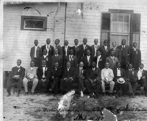 Photograph of Booker T. Washington's visit to Southern University, 1915.