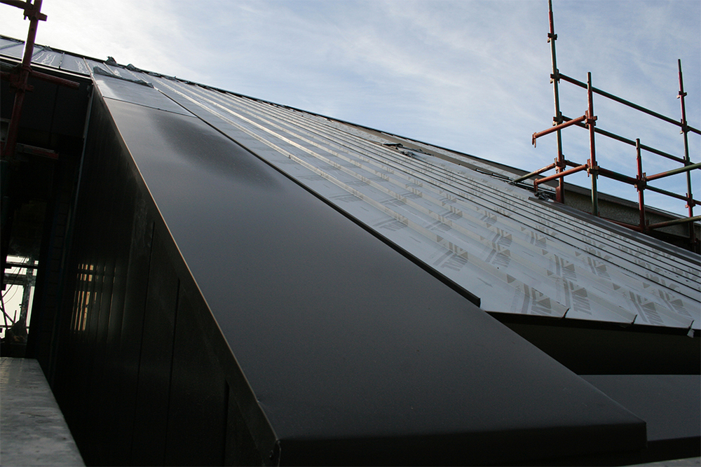 Aluminium Cliptray roof - flashings