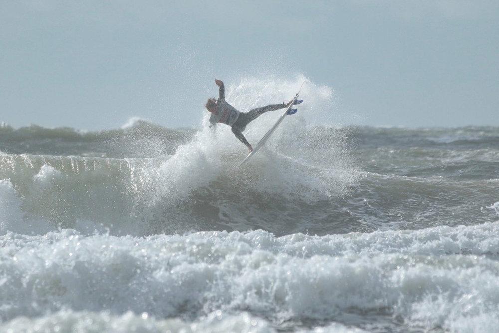 Jesus-Surf-Classic-1.jpg