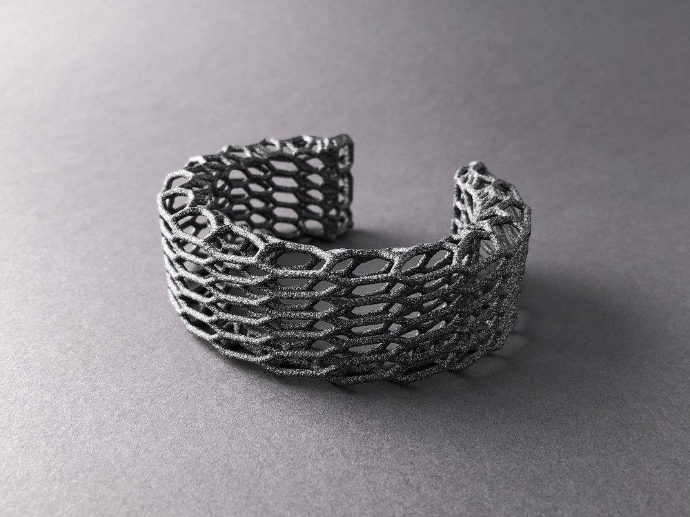 digimorphe_wireframe_bracelet_3_2492_bw.jpg