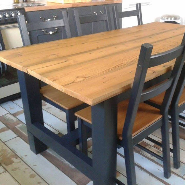 Reclaimed Pine Table, Domestic Project