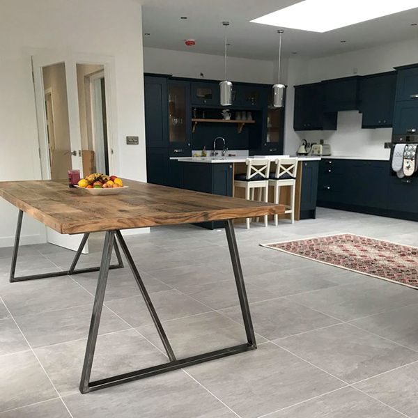 Winery Oak Table, Domestic Project