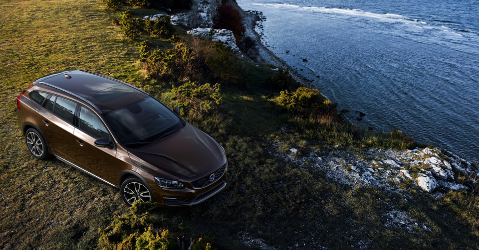 153909_Volvo_V60_Cross_Country.png
