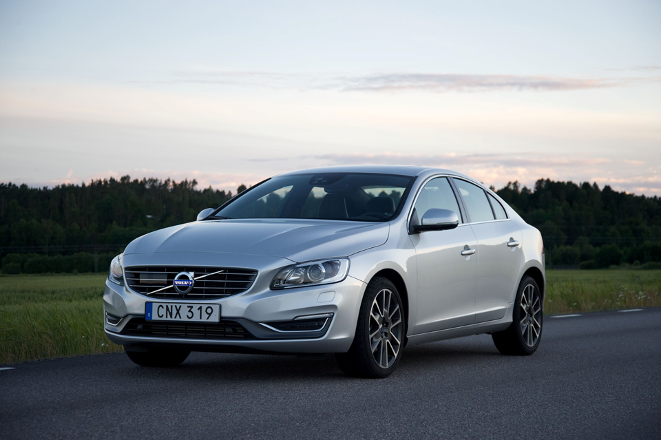 154445_Volvo_S60.png