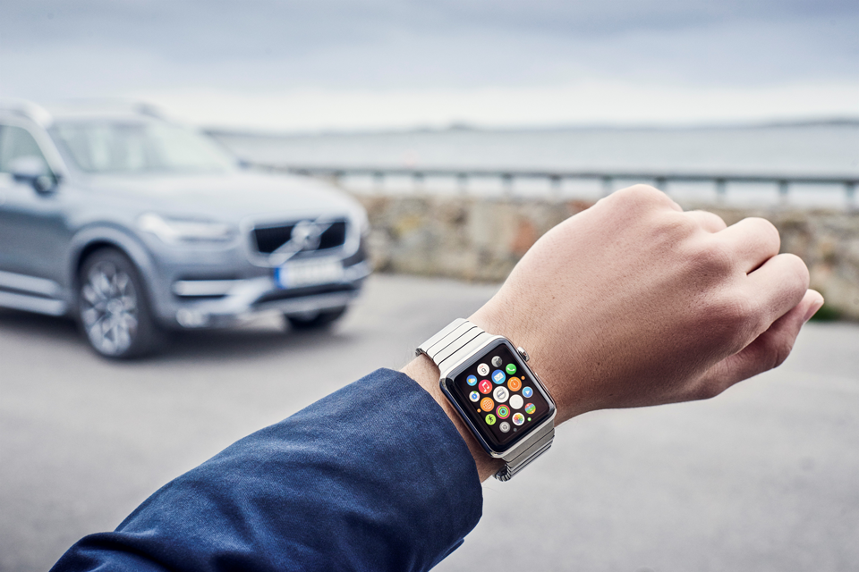 163153_Volvo_on_Call_App_auf_einer_Apple_Watch.png