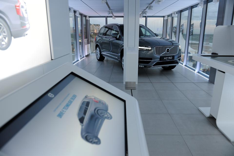 166231_Das_neue_Volvo_Forum_Mobiles_Markenhaus_bringt_Volvo_zu_den_Kunden.png