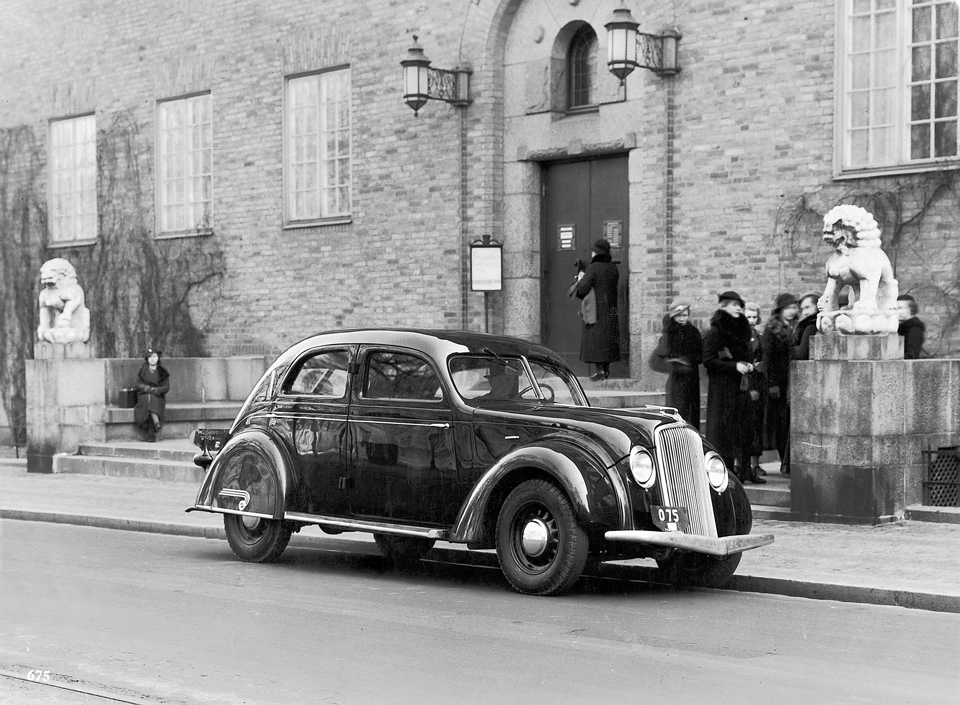 55996_Volvo_PV36_Carioca_1935.png