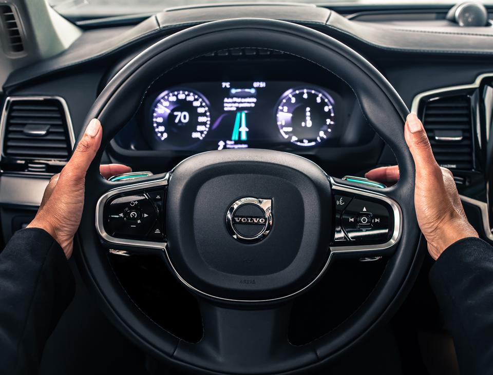 167826_Volvo_IntelliSafe_Auto_Pilot.png