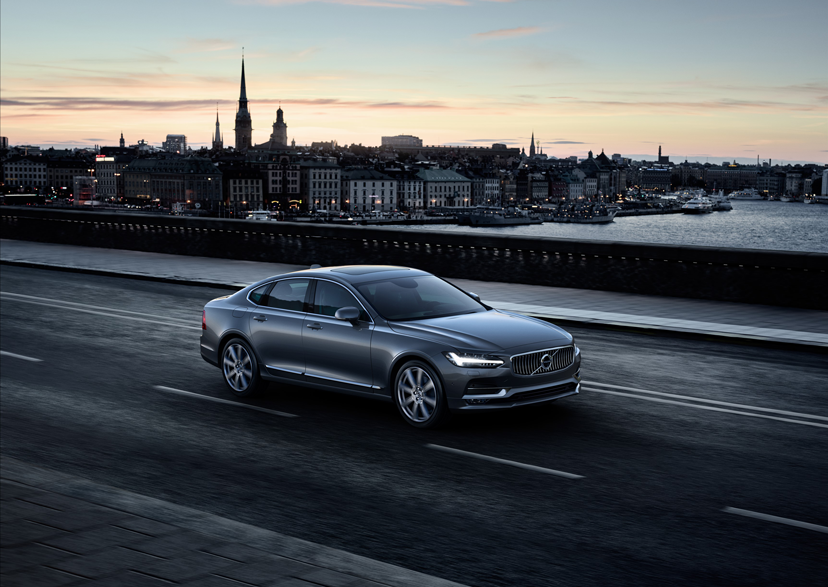170916_Volvo_S90.png