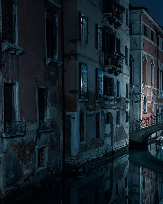 A few more from my venice mini series (which is getting actually very large). Thanks for all the bloody kind words on them, has been really nice to hear people resonate with a different perspective on such a famous and prolifically captured place. I became fascinated with the corner intersections of the winding maze of streets, shooting late at night all you could hear was footsteps on the cobblestones in the distance and the anticipation of who was going to round the corner. This set is broken up by some of my favourite corners I found.