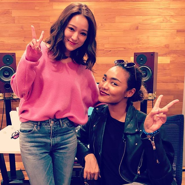 Chay & Crystal Kay #chay #aingersongwriter #fashionmodel #guiterist #vocalist #cancam #cancam専属モデル #crystalkay #recording #recordingsession #mmx #proacspeakers #dmsd #decouplers #mastermixstudios #anawata #tvasahi