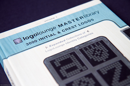 logolounge-master-library-vol-1.jpg