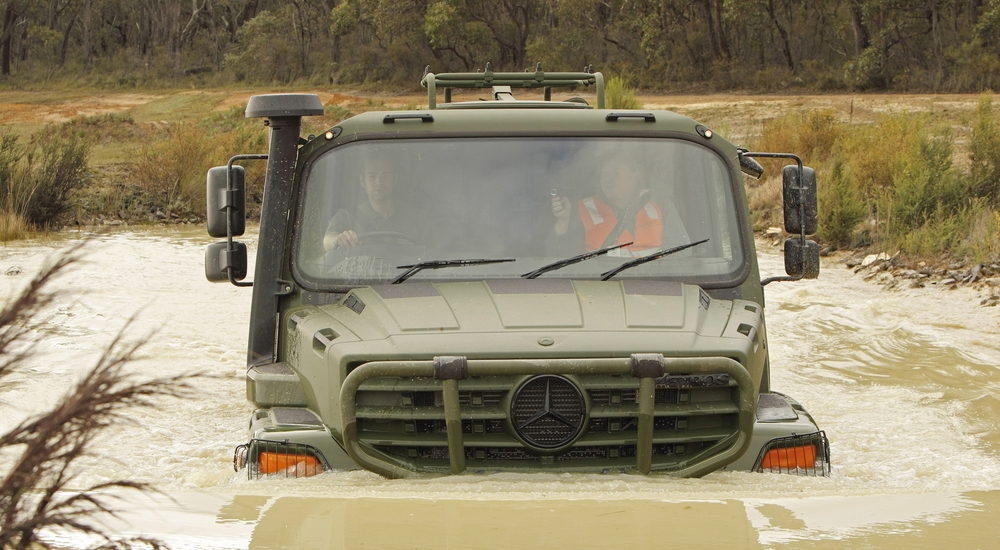 Mercedes-Benz's Zetros vehicle, already in use by the German and Bulgarian armies, is a member of the range of logistics vehicles on offer to the Canadian Army for the Medium Support Vehicle System (MSVS) project. (Mercedes-Benz)