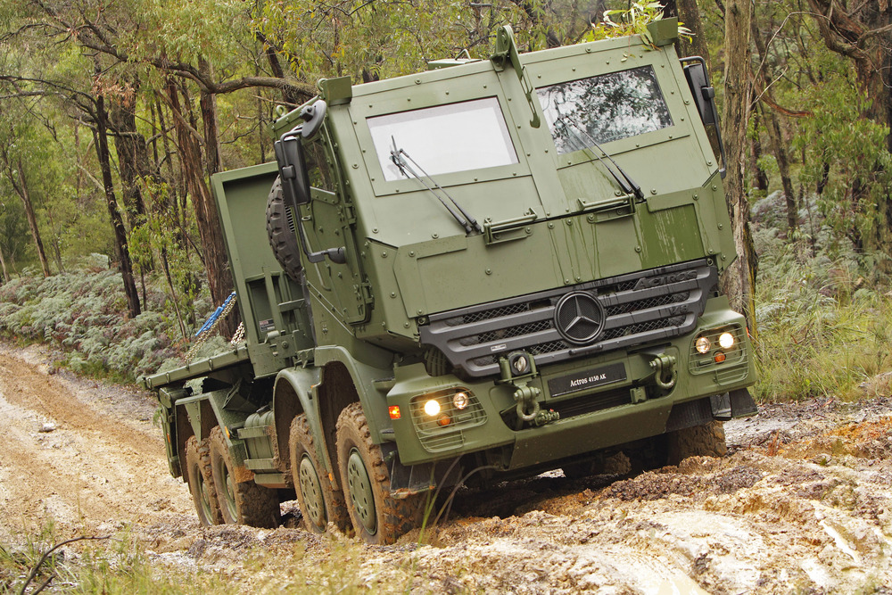 Mercedes benz building the canadian army s next for Mercedes benz military vehicles