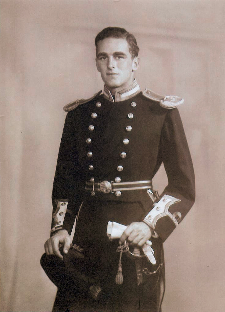 Sub-Lieutenant Ralph L. Hennessy in dress uniform in 1938. (Photo courtesy of Mrs. Hennessy)