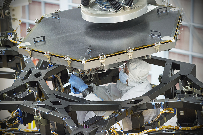 Assembly of the telescope's mirror in NASA's Goddard Space Flight Center in Maryland. (nasa.gov)