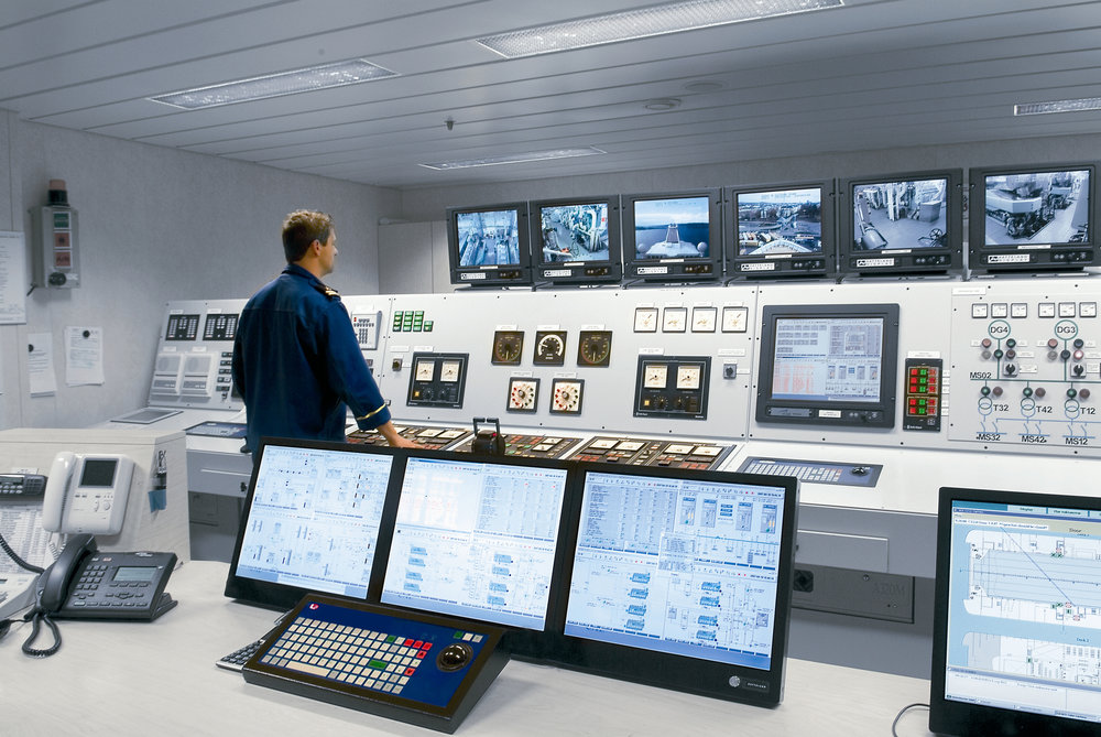 Although the captain still overseas the bridge, ships in the 21st century rely more and more on complex integrated computer networks and automated systems. L3 Technologies is known around the world for its system integration.