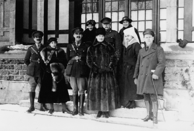 The only surviving photo of the women's tour. Elizabeth Montizambert is holding the muff in the front row. Beatrice Nasmyth (left), Roberta MacAdams (right) in the back row. The woman dressed in furs may be Mary MacLeod Moore. (photo courtesy of Monica newton; reprinted with permission of Dundurn press)