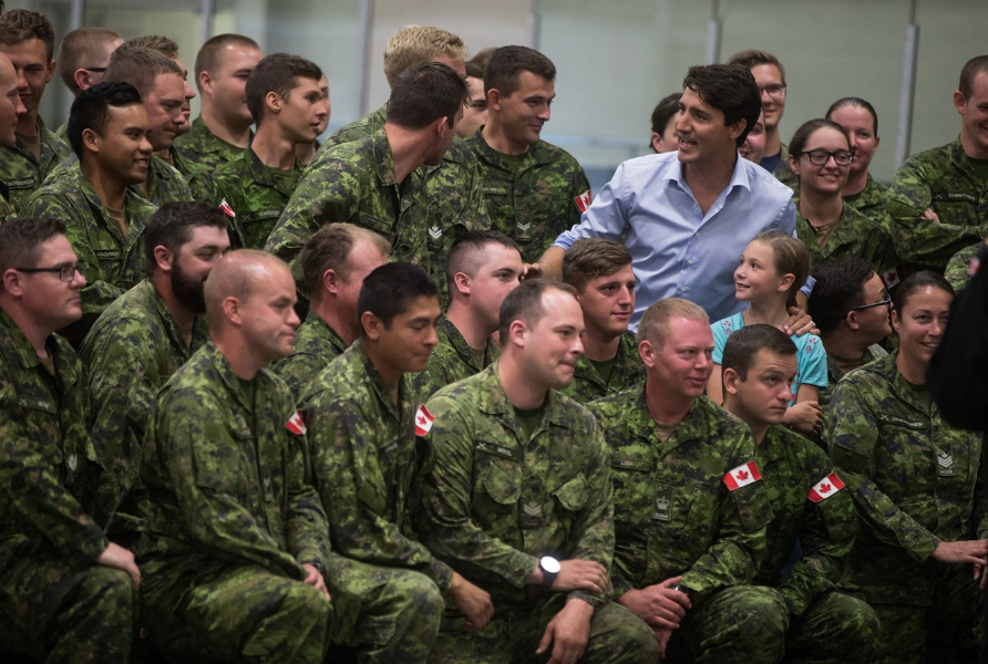 Prime Minister Justin Trudeau with Canadian troops