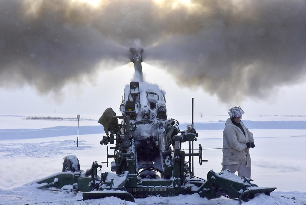 Members of 1st Regiment, Royal Canadian Horse Artillery, fire an M777 Howitzer during Exercise FROZEN GUNNER, which ran from February 12 to 17, 2019 at Canadian Forces Base Shilo in Manitoba. Photo: Jules Xavier, Shilo Stag. ©2019 DND/MDN Canada
