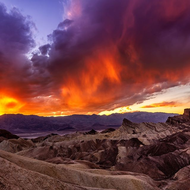 Epic sunset over Zabriskie Point, Death Valley park. #zabriskiepoint#ourplanetdaily #ig_worldclub #phototag_it#igpodium #main_vision #awesomeearth#thebestdestination#igglobalclub #thebest_capture#fantastic_earth #discoverglobe#wonderful_places #earthvacations#awesome_photographers #big_shotz #colors_of_the_day#landscapephotography #landscape#ig_shotz_sep18#deathvalley