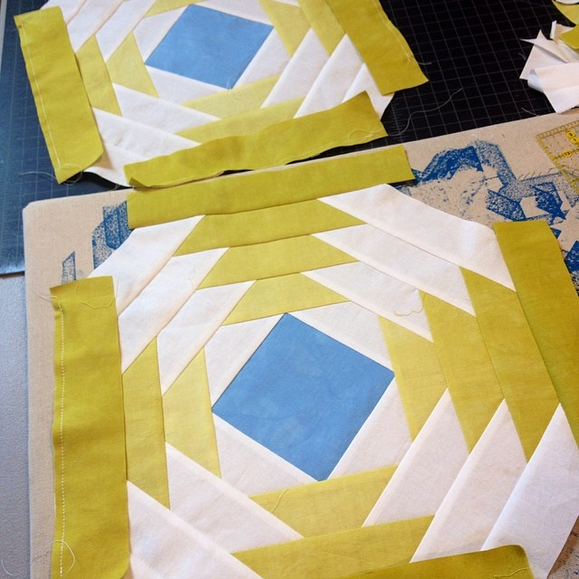 Makin' some pineapples #moderncolor #modernquilt #handdyed