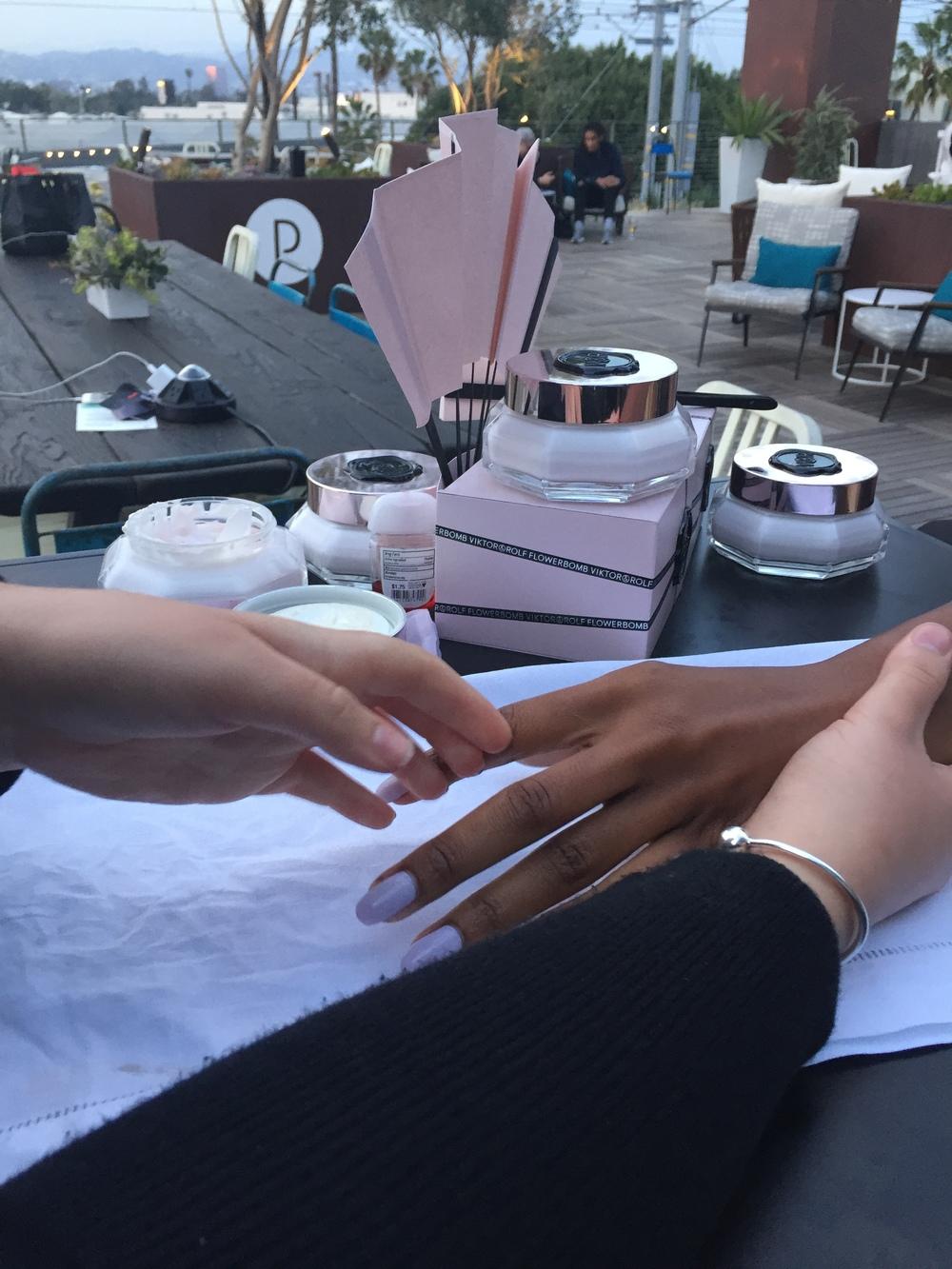 hand massages anyone?