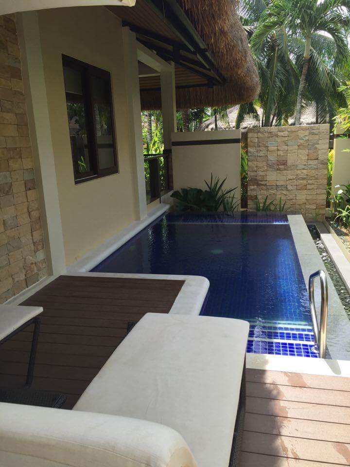 Private pool in the presidential villa of Henann Resort Bohol