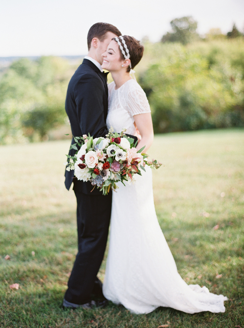 st croix river valley wedding, studio fleurette, florist stillwater mn, burgundy and blush bouquet.jpg
