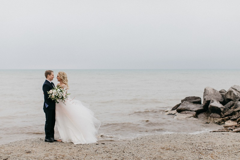 wisconsin wedding florist, studio fleurette, lake michigan wedding, genoh photography, minneapolis wedding florist.jpg