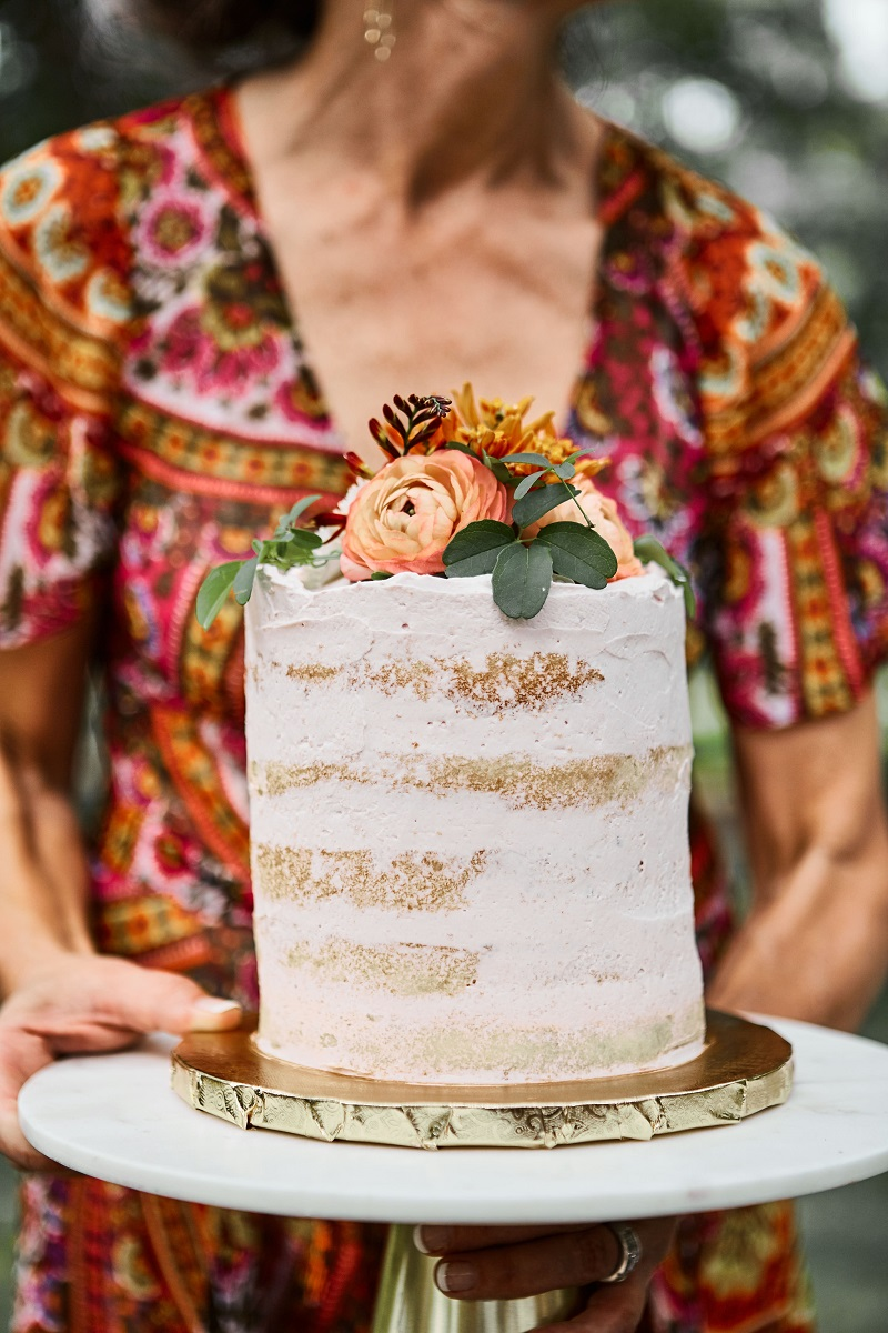 boho naked cake, naked cake flowers, studio fleurette, st paul mn wedding flowers.jpg