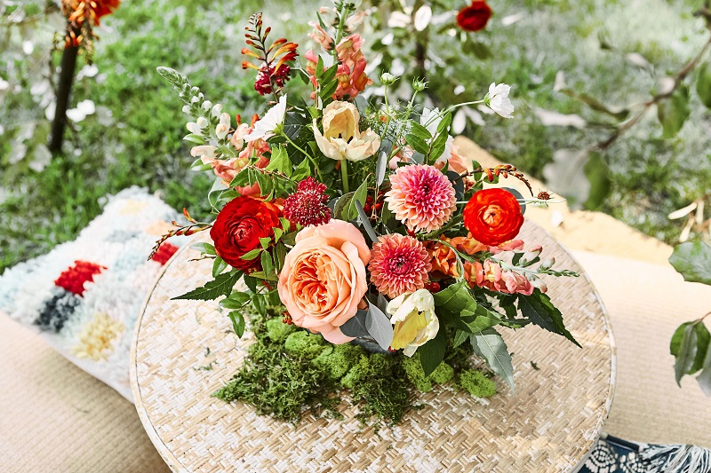 colorful wedding floral centerpieces, stillwater mn wedding florist, studio fleurette.jpg