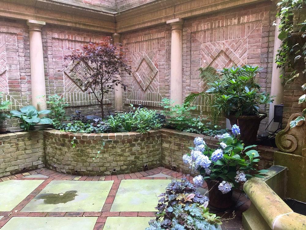 Garden 04.jpg