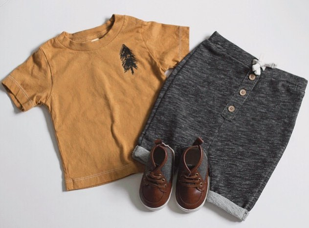 Loving these cute little outfits put together with our pine tree tee! . . . . . #pinetree #mustard #handdyed #handmade #babyandkids #tees #screenprint #handillustrated #thesearethedays #makerlife #momlife #easyoutfits #ootd #makingit