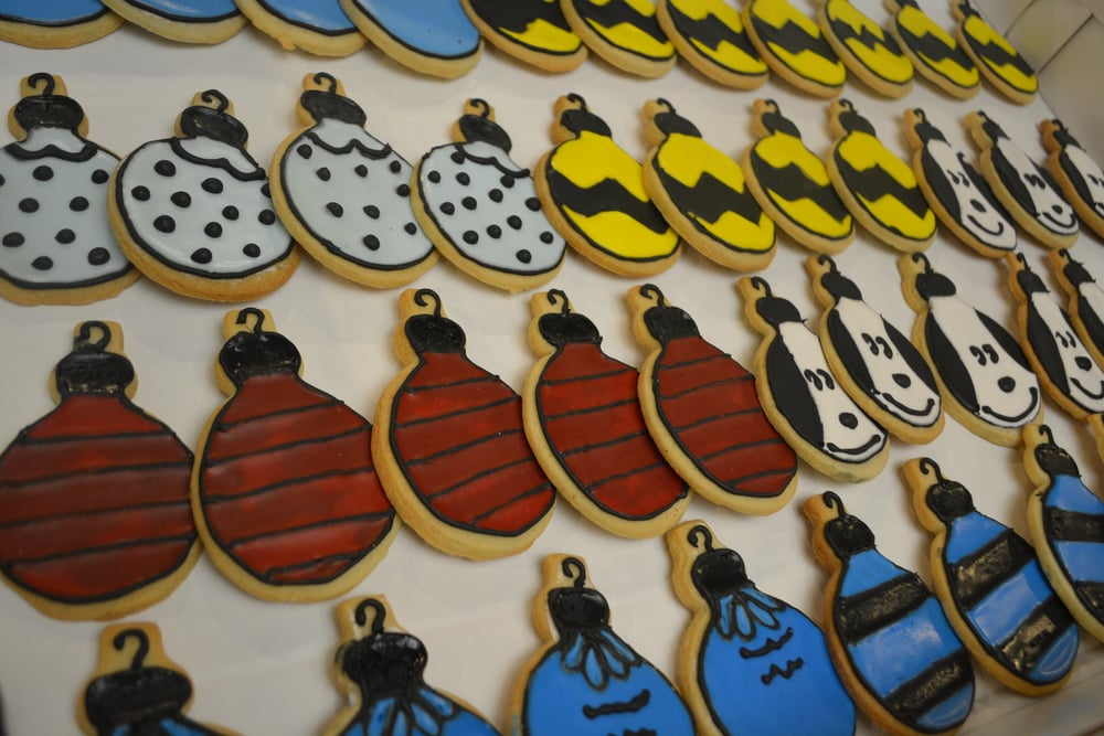 Peanuts themed cookies