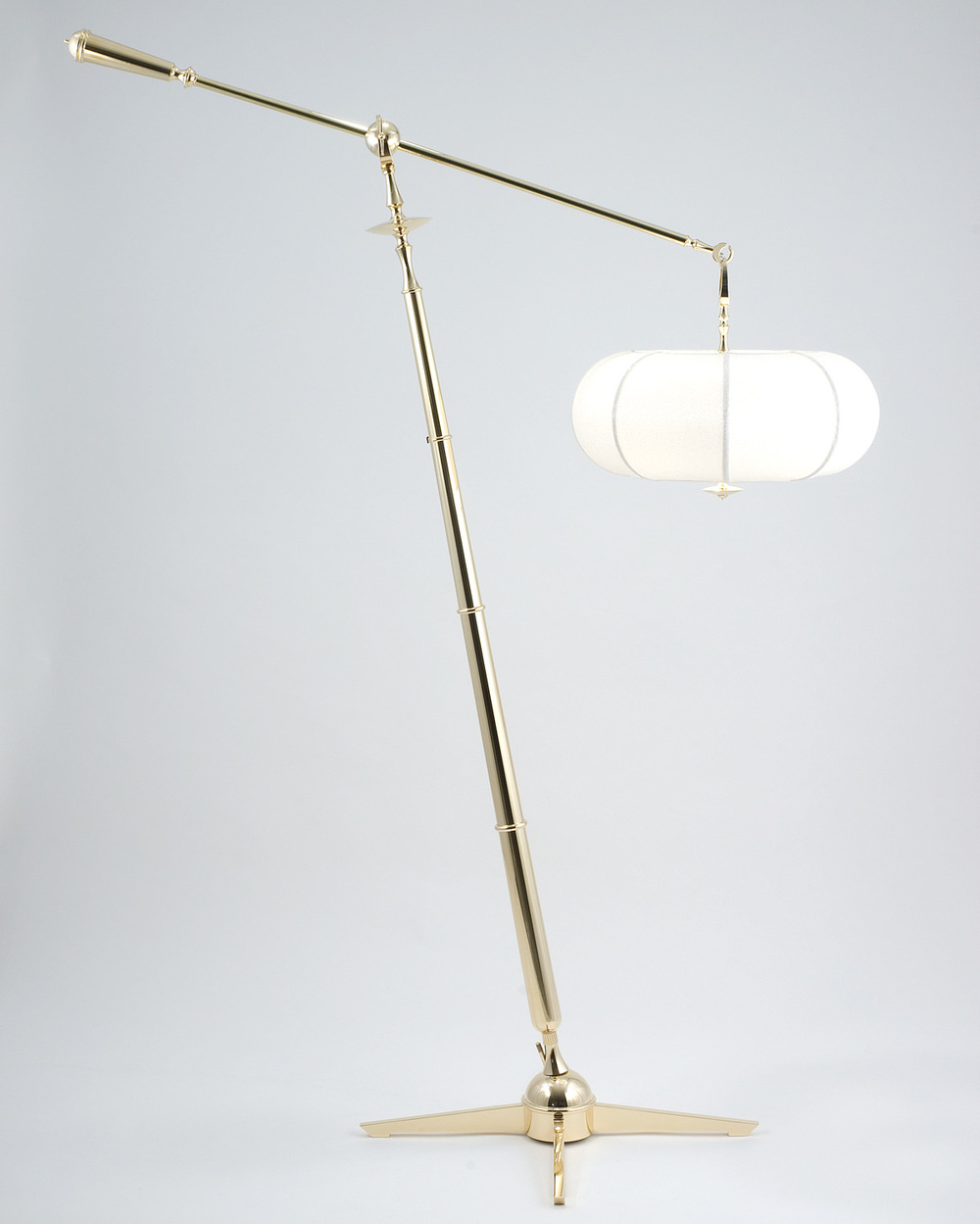 Gustav Floor Light