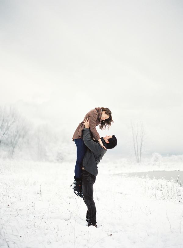 white-winter-snow-shoot-7