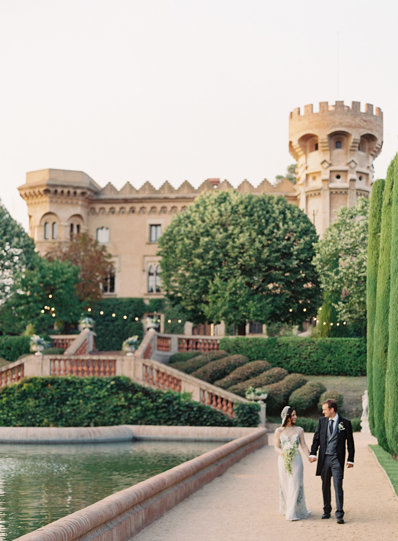 castle-wedding-bride-brycecovey.jpg