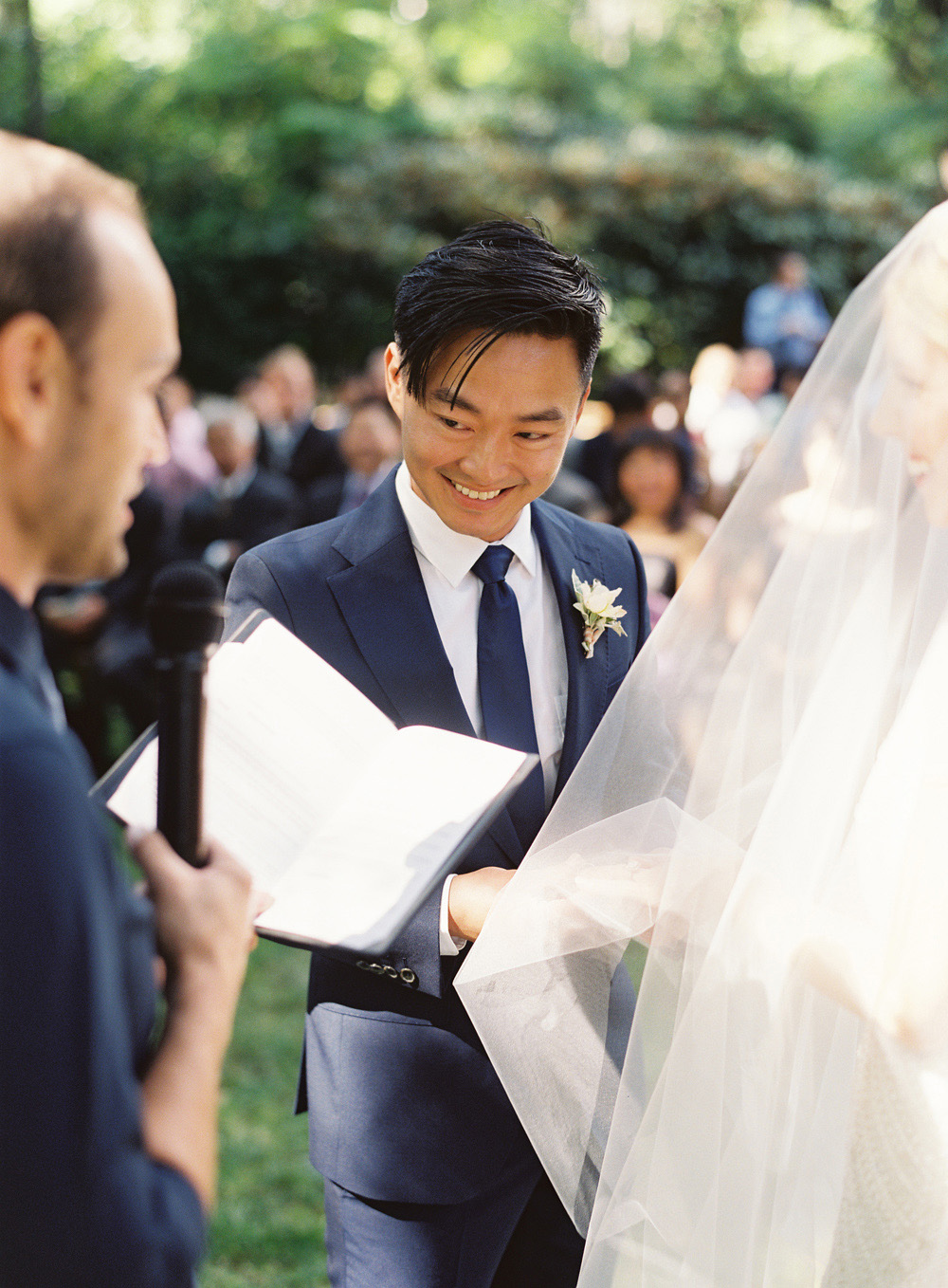 Wedding_BryceCovey_Seattle_Film_0045.jpg