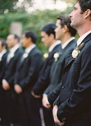 elegan-black-wedding-tuxedos.png