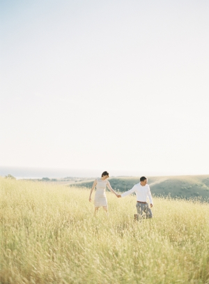 Rolling-Hills-Engagement-Shoot-by-Bryce-Covey-4-300x407.jpg