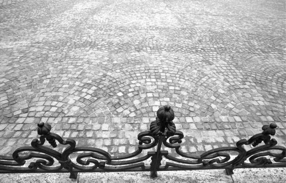 TILES  Prague 2001