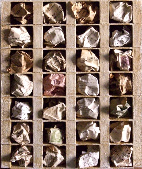 BOX: NOSTALGIA  2009