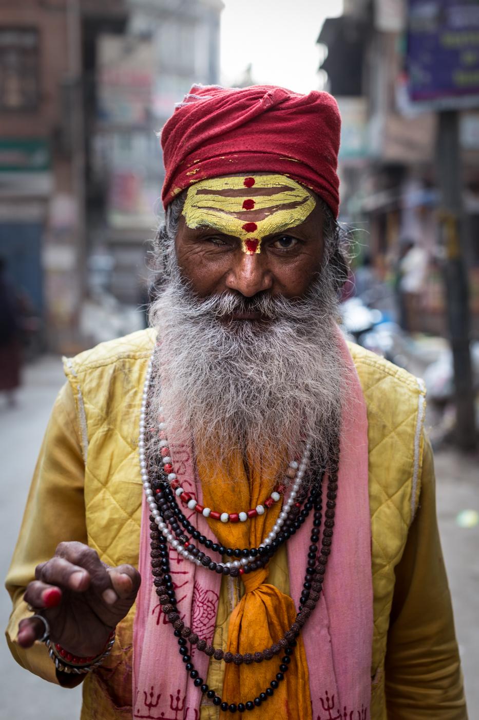 Spent an early morning walking around this Sadu's neighbourhood & exchanging a few words.