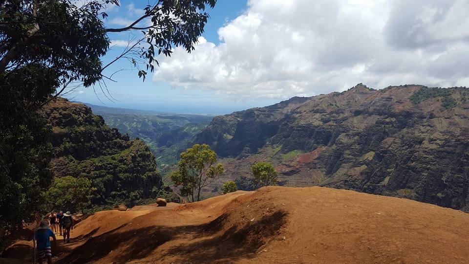waimea-canyon-trail1.jpg