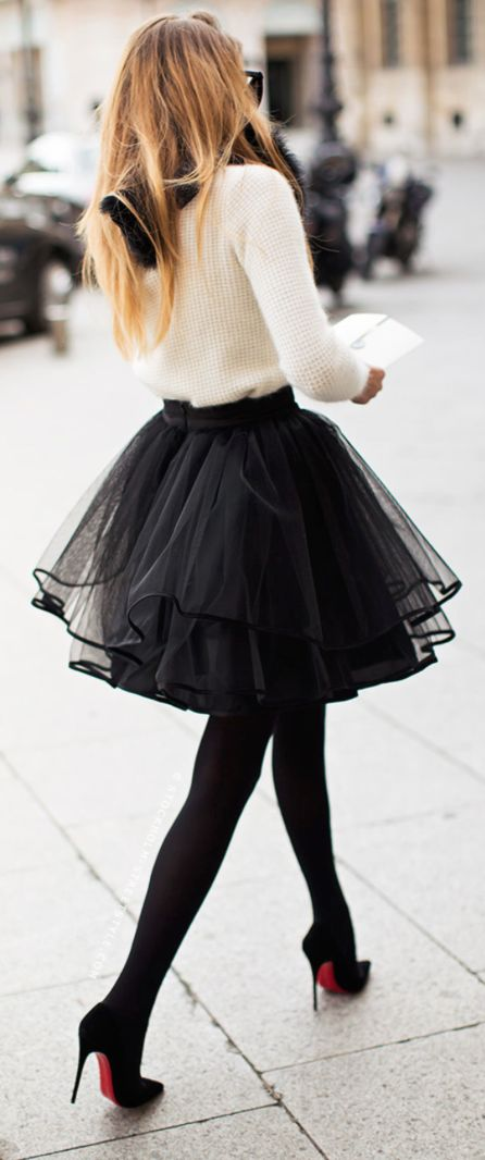 [Tulle Skirt, Source:  Caroline's Mode ]