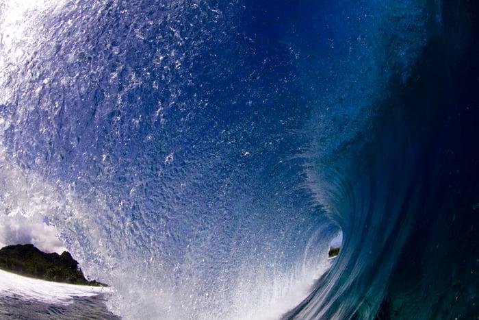 Emptywave15.jpg