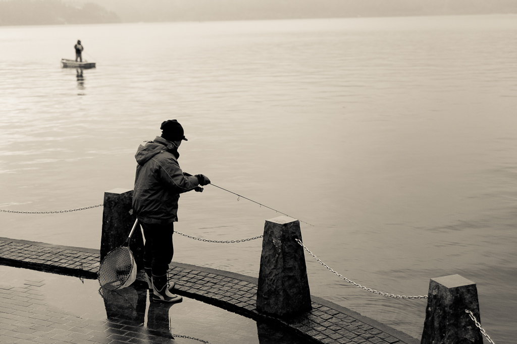 Ashinoko     © Tham Jing Wen 2012. All rights reserved.