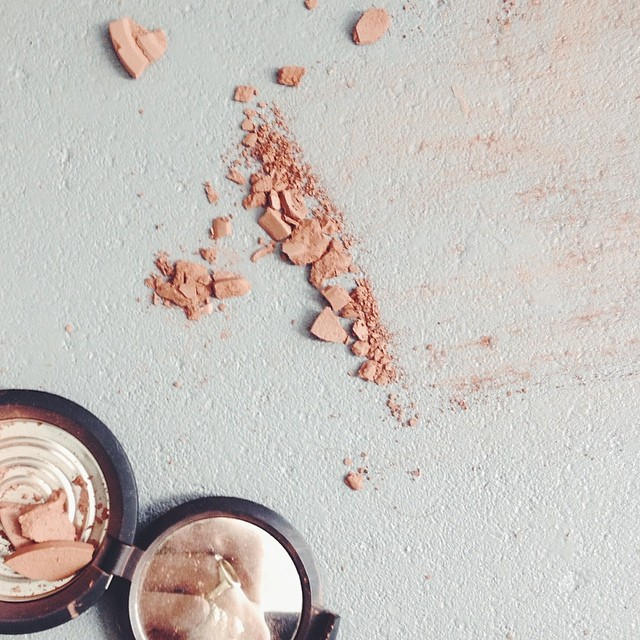 #broken but beautiful #makeup #vscocam  (at Stadhouderskade)